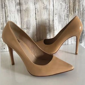 Pour La Victoire Pump Heels SZ 8 Leather DEFECT